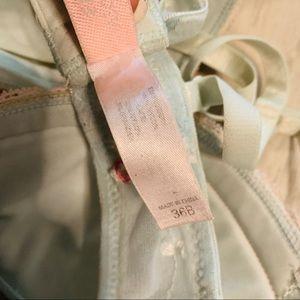 Victoria's Secret Intimates & Sleepwear - Bundle of 36B Victoria's Secret Bras